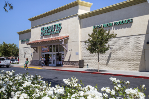 Inventrust buys los angeles retail center for 115 million for Ulta san fernando valley